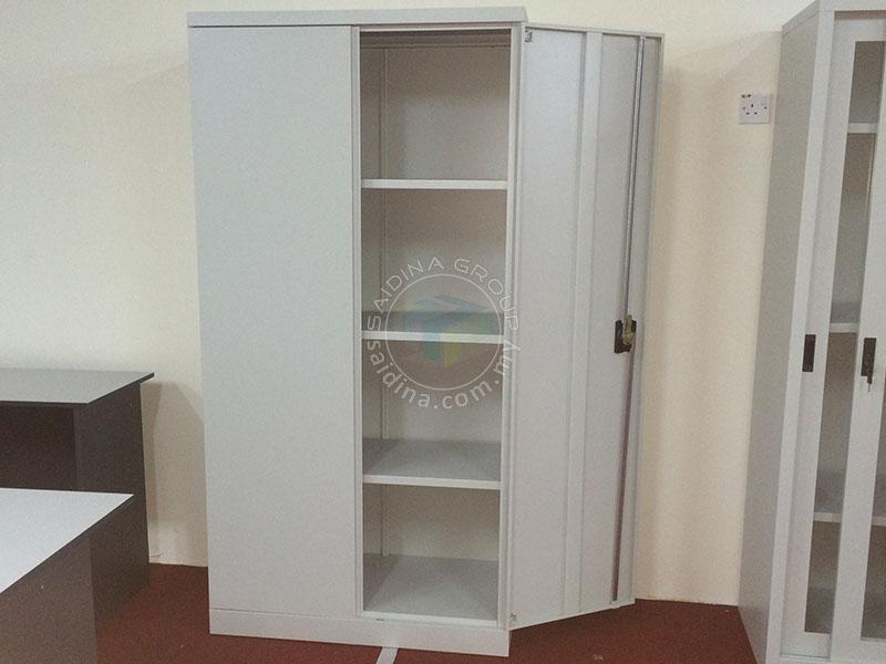 swing door cupboard