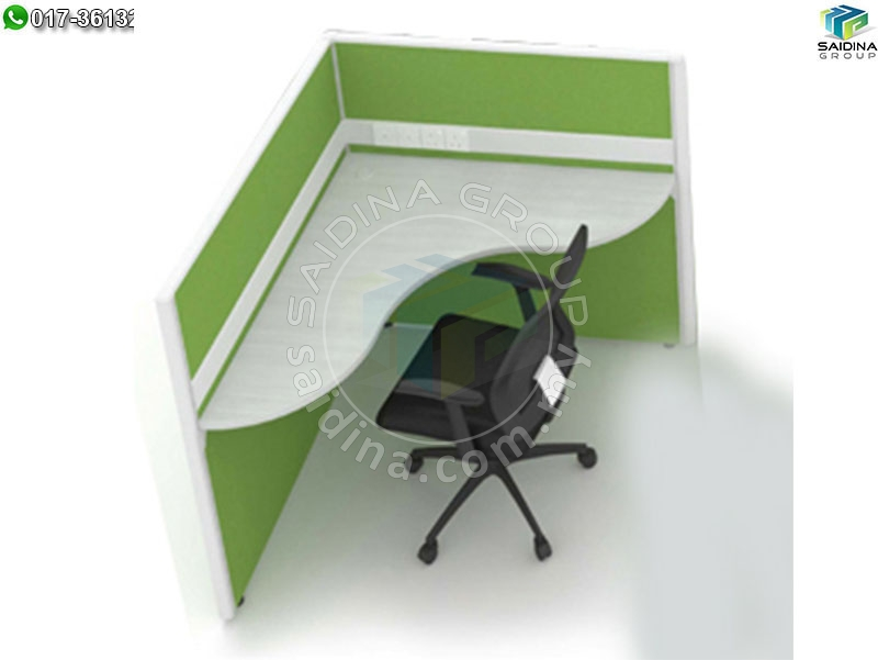 Triangle shape workstation